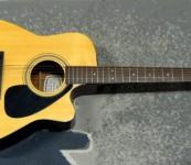 Yamaha FGX413SC