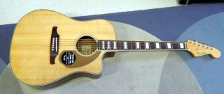 Fender Kingman SCE natural new model