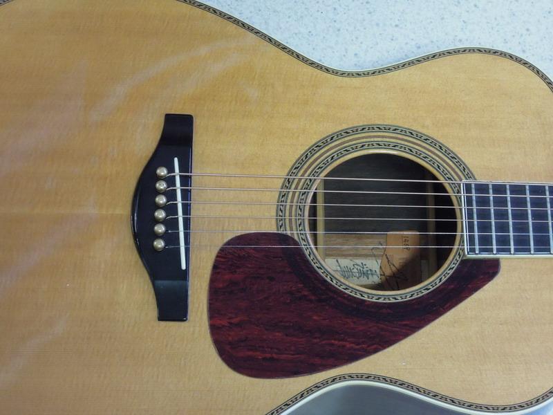 Ovation celebrity nylon guitar